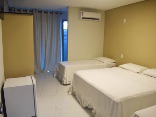Suite com varanda de frente (1)