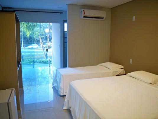 Suite com varanda de frente (3)